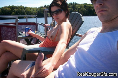 Horny cougar gets wet and wild ride on a sweaty hog